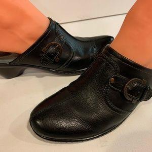 SoftWalk Clog Mules Black Slip On Leather